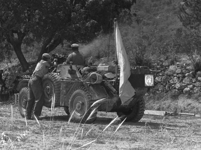 Ferret returning fire 1964 UNFICYP Cropped DND photo CYP64-56-1
