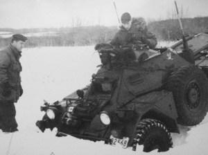 54-82568 LdSh Stuck in snow. (LdSH Archives?)