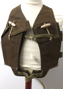 Bren Vest 1945 adjustable (1) front