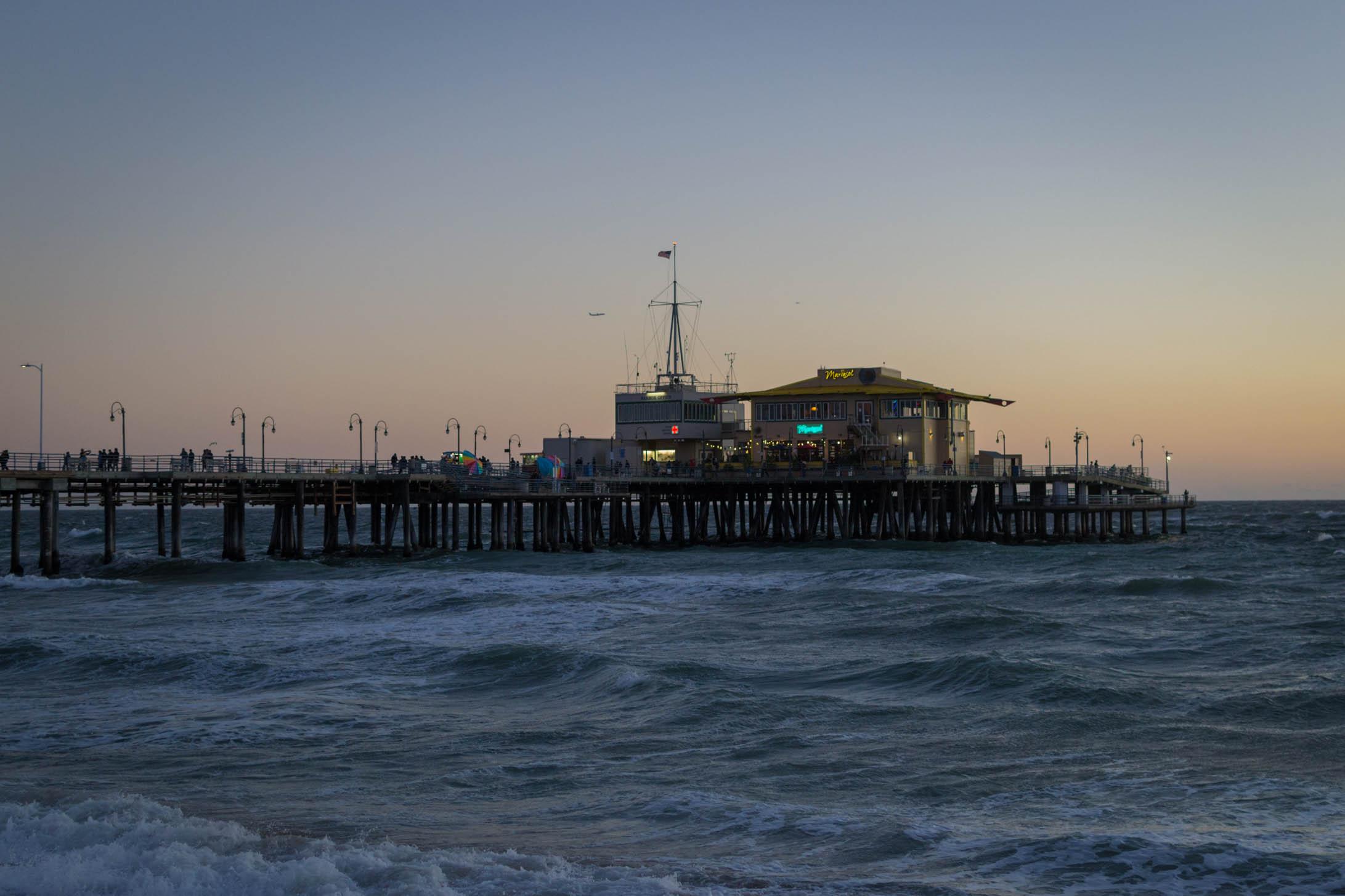 Santa Monica Pier à l'heure bleue