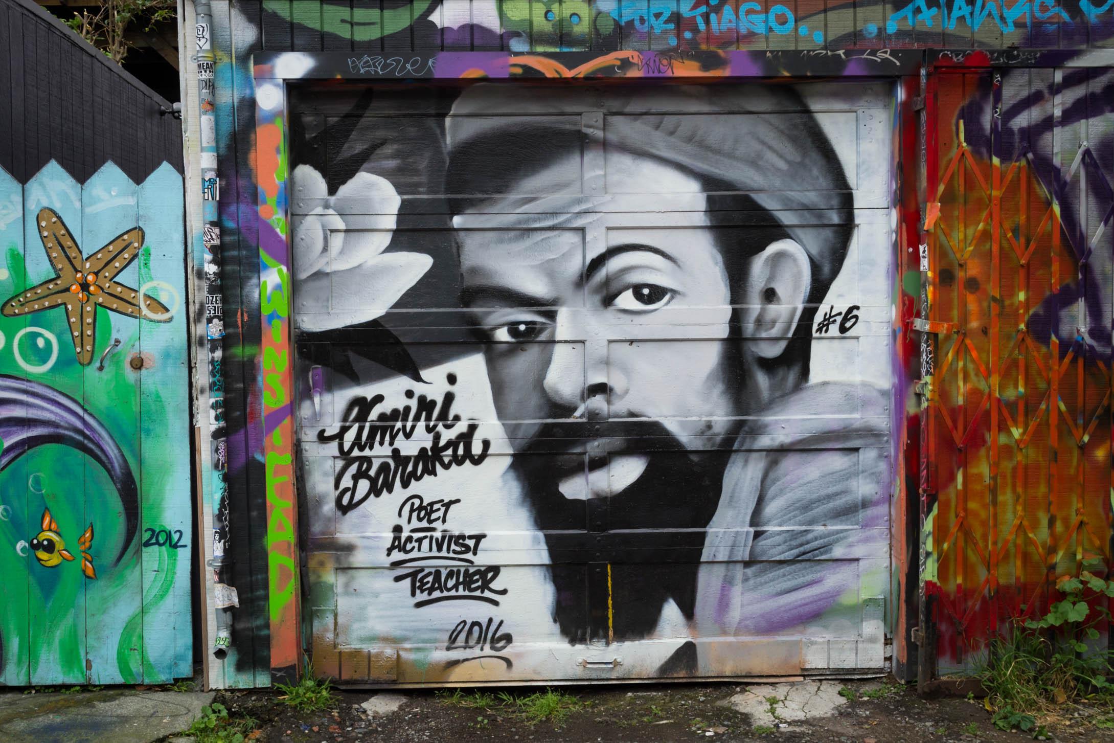 Un autre mur peint dans le quartier de Mission.