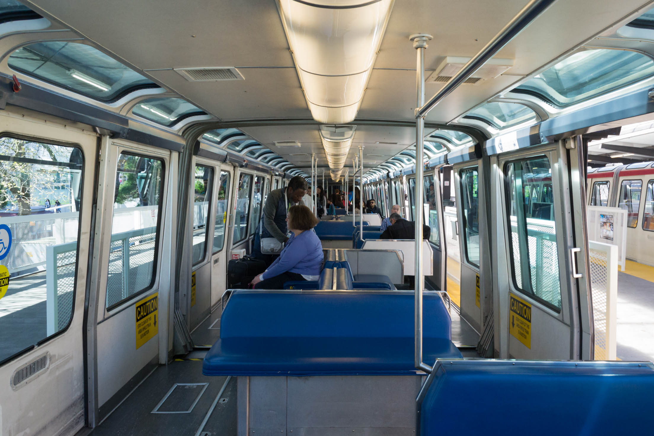 L'intérieur du Monorail