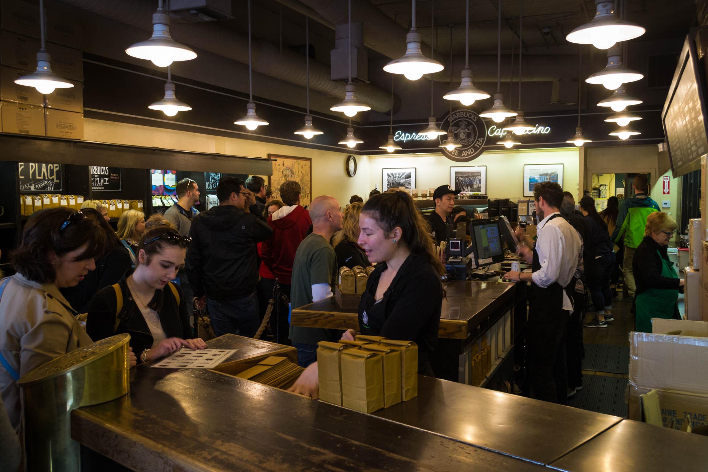 A l'intérieur du tout premier Starbucks