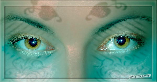 Sarahs eyes