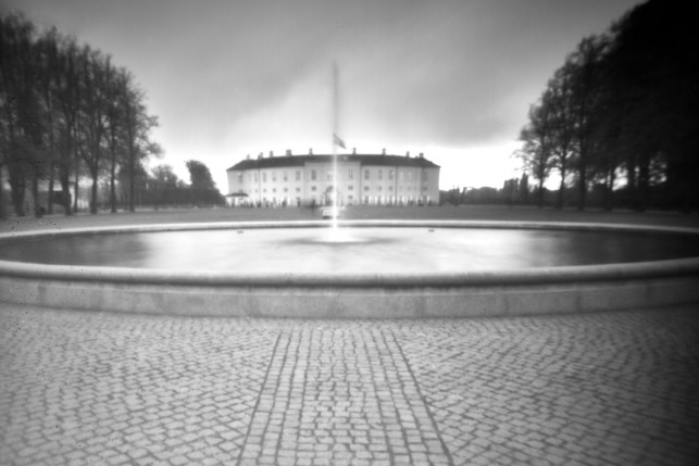 Using the IQ3 100MP Achromatic with a pinhole camera