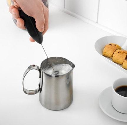 PRODUKT, el batidor de leche de Ikea