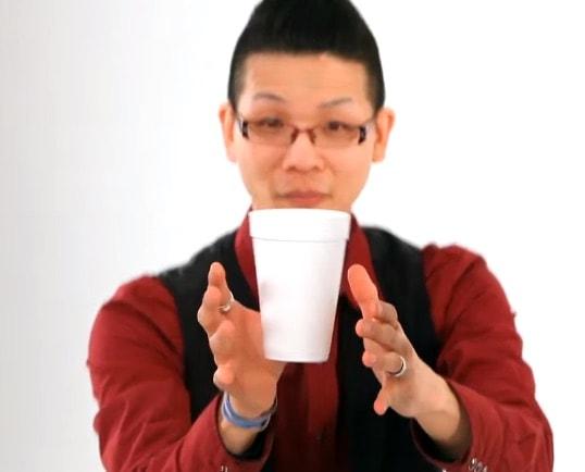 como-hacer-flotar-taza-cafe