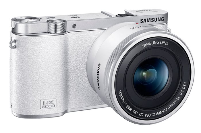 Kevin-Lee-The-Phoblographer-Samsung-NX3000-Product-Images-7
