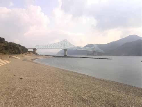 3. 生月大橋