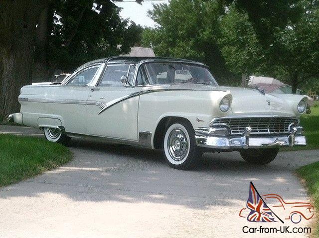 1956 Ford Crown Victoria Skyliner