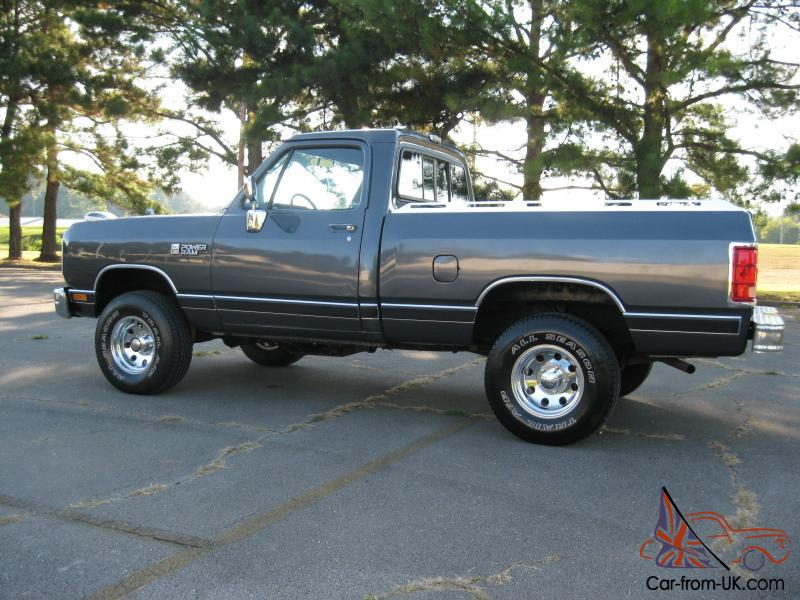 1987 Dodge Ram W100 4x4 318 V8 Short Bed 4 Speed Manual - Modern