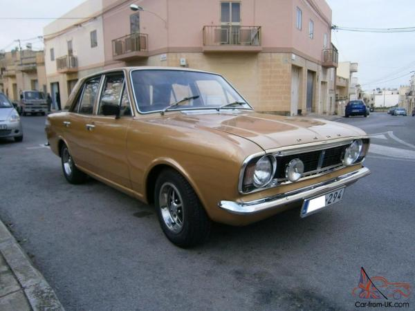 Ford Cortina 1600e Mk2 - Year of Clean Water