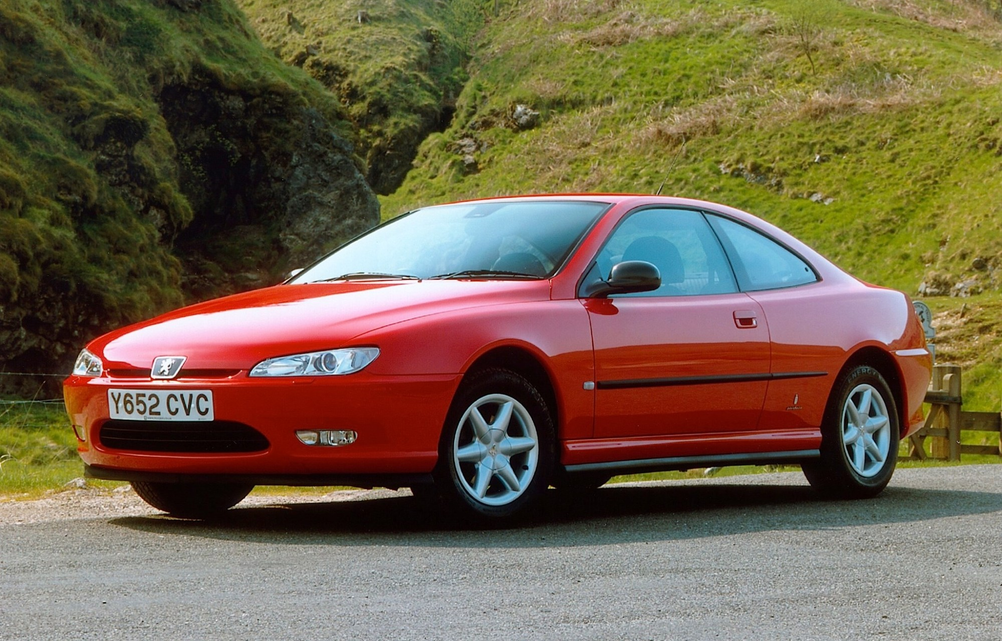 hight resolution of the peugeot 406 coup an underdog