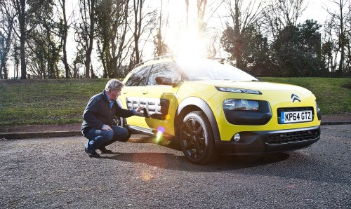 small resolution of anthony ponders the cactus conundrum anthony ff c and his new citroen c4 cactus citroen c4 cactus 1 6 blue hdi