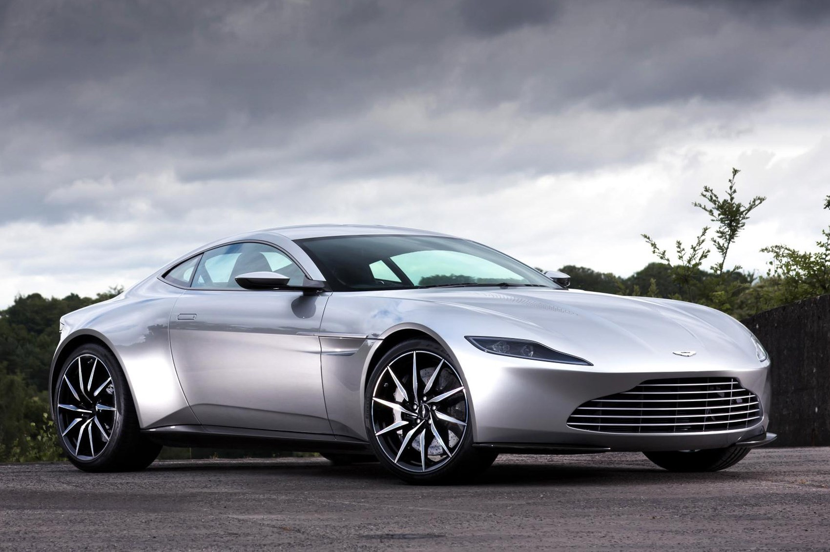 New 2018 Aston Martin Vantage Pics, Specs, Prices Car