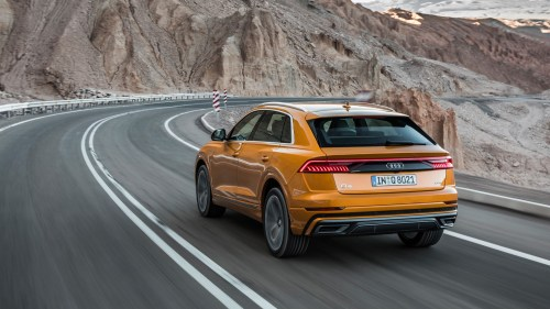 small resolution of  audi q8 review