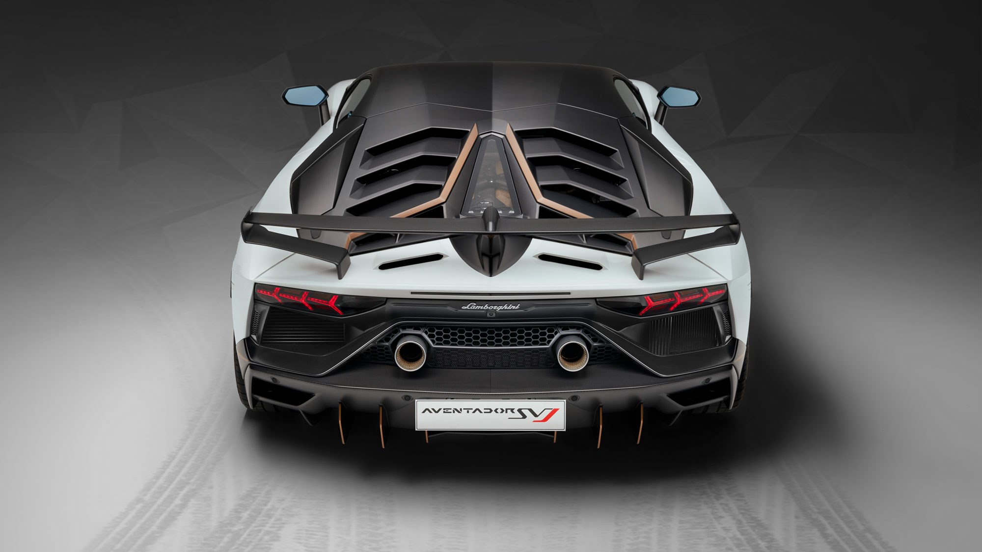 Outrageous 217mph Lamborghini Aventador Svj Roadster Chops Its Top