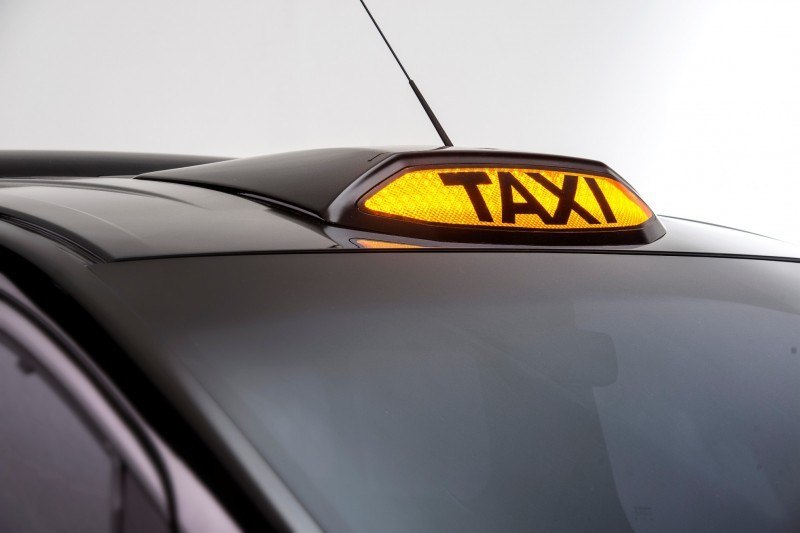 CarRevsDaily.com - Future Taxi Faceoff - Nissan Taxi4London vs BM TX4 vs Ford Transit Connect 4