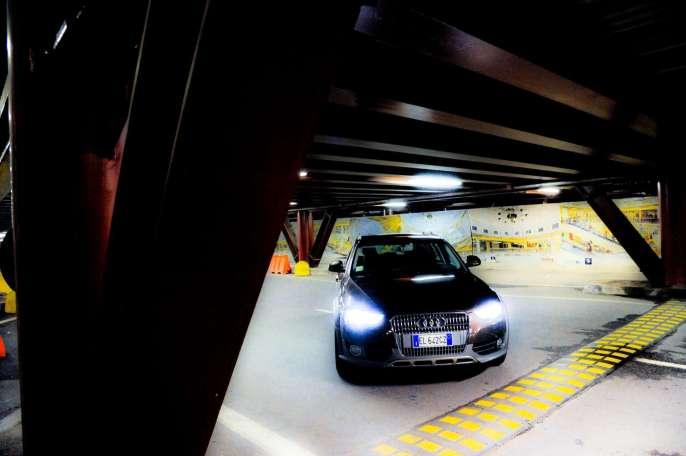 AUDI-A4-allroad-quattro-photoset-4_15