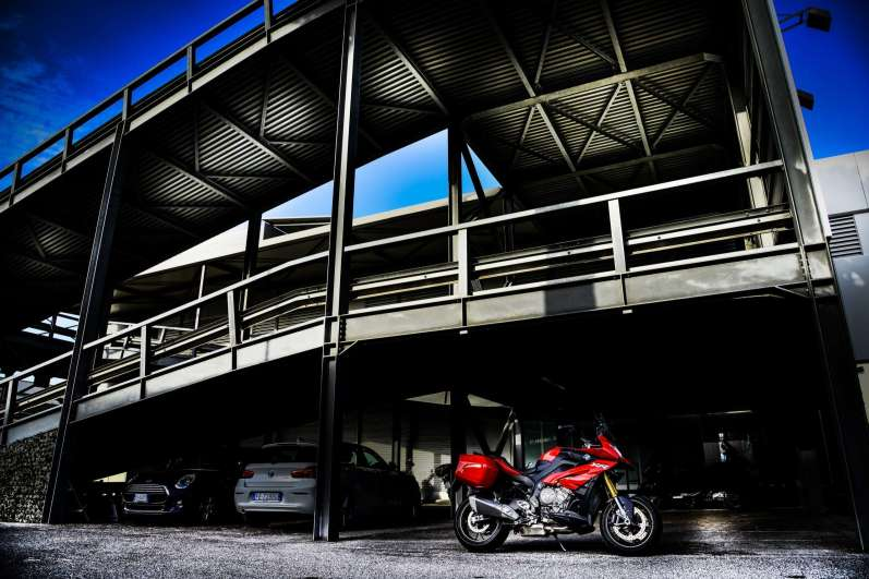 set_3_lrpix5-bmw_s1000xr_set-bmw-roma-3