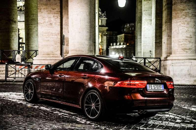 lrpix5-set-jaguar-xe