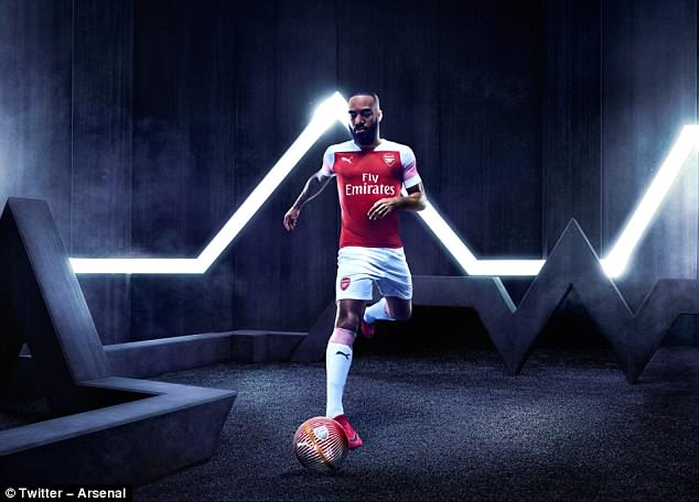 Arsenal Luncurkan Kostum Anyar Terbaru Buatan Puma