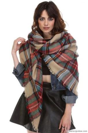 Blacnket scarf 2