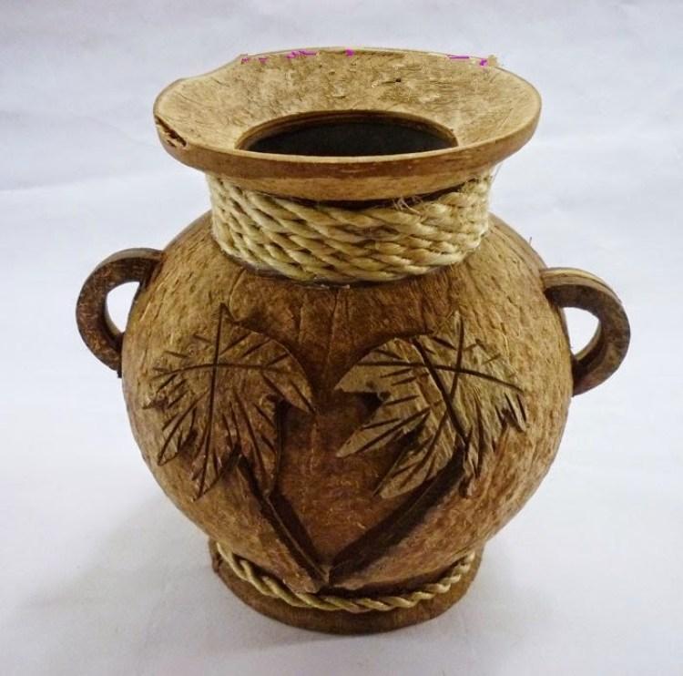 Kketerampilan barang bekas dari kelapa