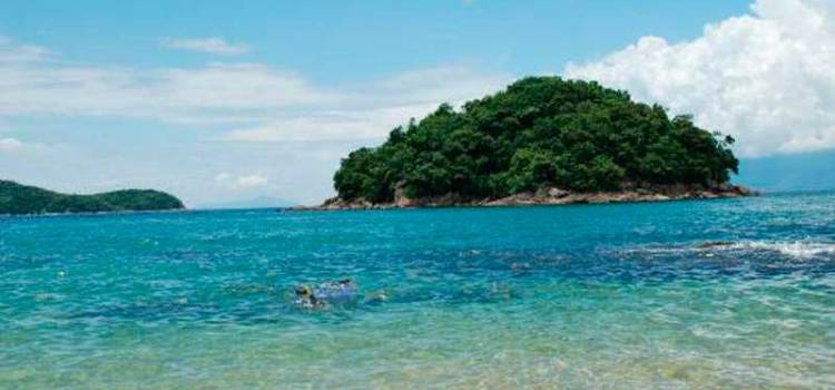 Praia da Cocanha - badalação, sossego e natureza em um só lugar