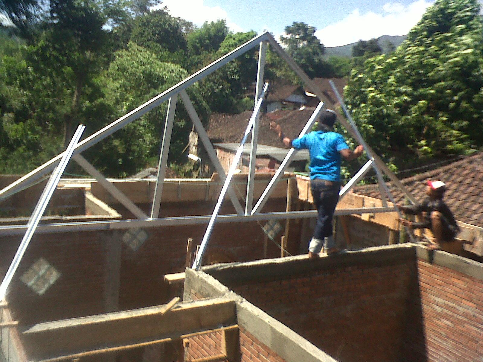 jasa pasang baja ringan karawang atap rangka kanopi harga