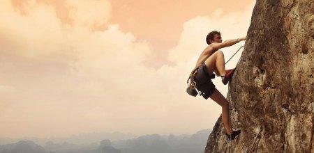 Spot Panjat Tebing di Indonesia Bisa Pacu Adrenaline Kamu!