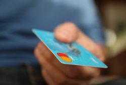 Tips Bijak Menggunakan Kartu Kredit Saat Bulan Puasa, Awas Jangat Sampai Terjebak!