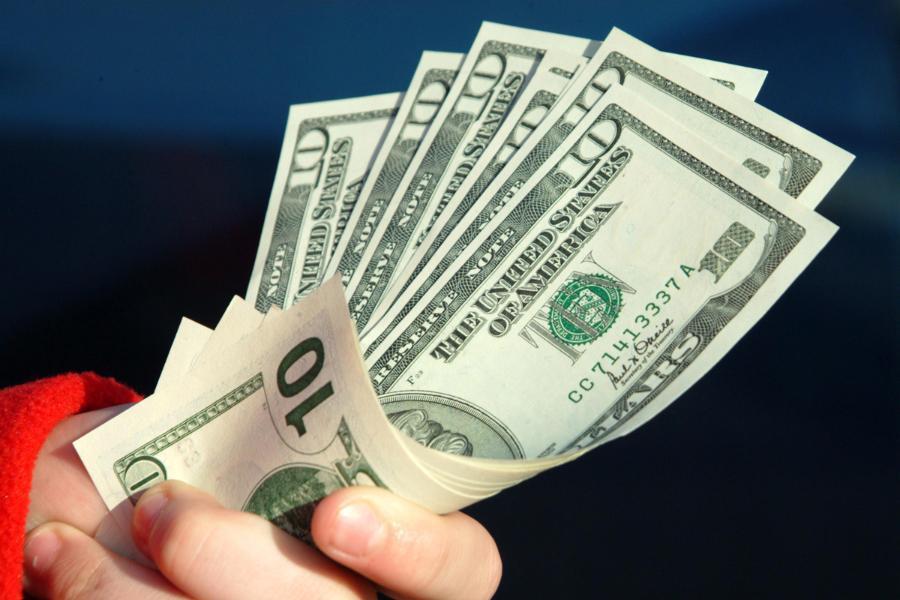 pengeluaran uang