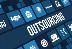 7 Perbedaan Outsourcing dan Kontrak Paling Mencolok
