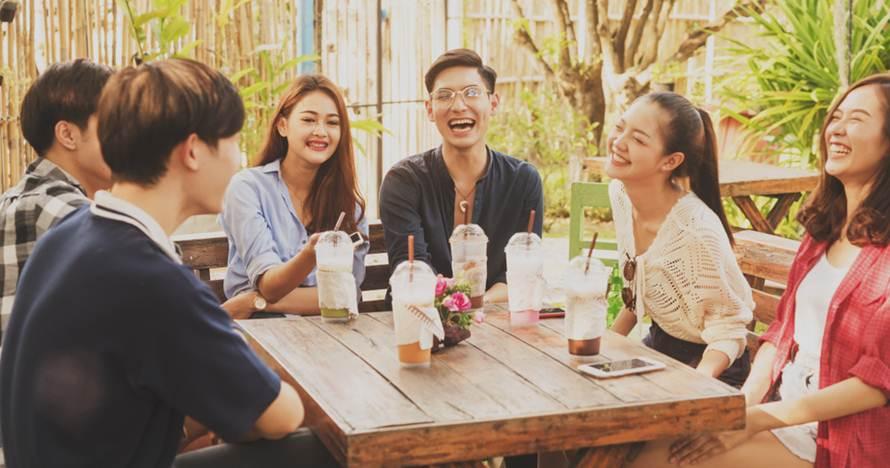 hangout bersama teman