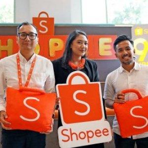 Jual beli review dan bintang pelapak Shopee