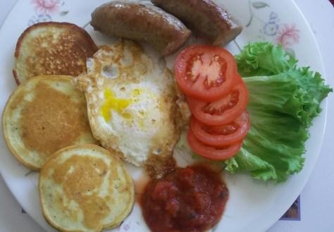 Eggs over easy & pancakesEggs over easy & pancakes