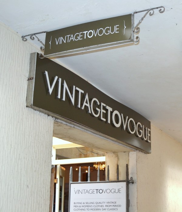Vintage To Vogue Bath