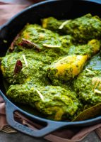 Saag Murgh or Spinach Chicken Curry