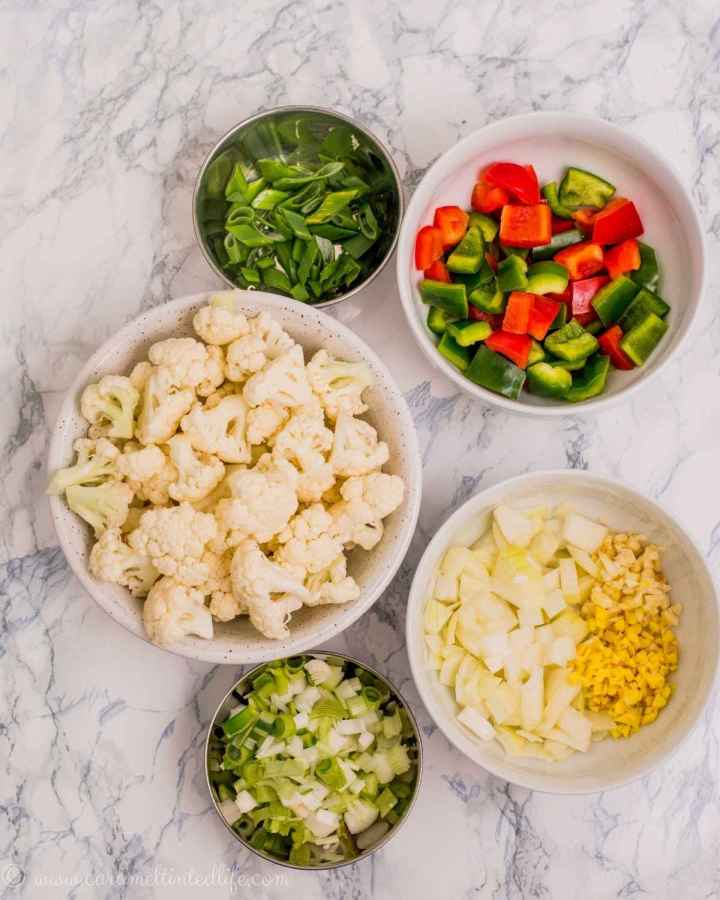 Ingredients for making sweet and sour crispy cauliflower