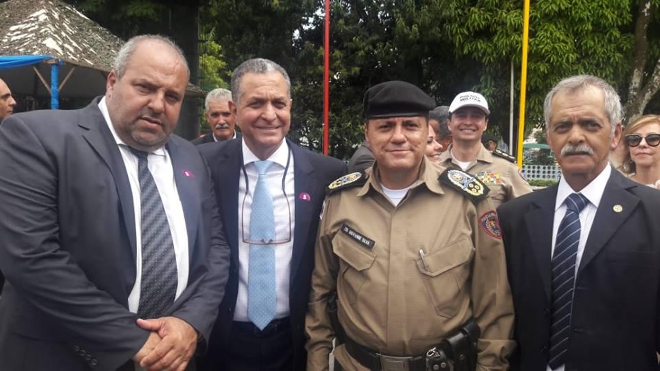 PREFEITO DE CARANDAÍ MARCA PRESENÇA EM POSSE DO NOVO COMANDANTE DA PM EM BELO HORIZONTE