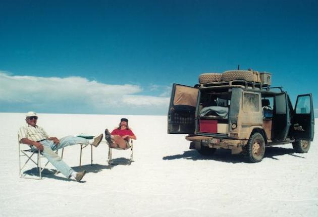 Gunther Holtorf 23 anos em uma viagem ao redor do mundo; Conheça a história de Gunther Holtorf e seu Mercedes G Wagen