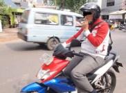 Bahaya Merokok Saat Berkendara