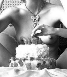 Cake sploshing fetish Kinky WAM