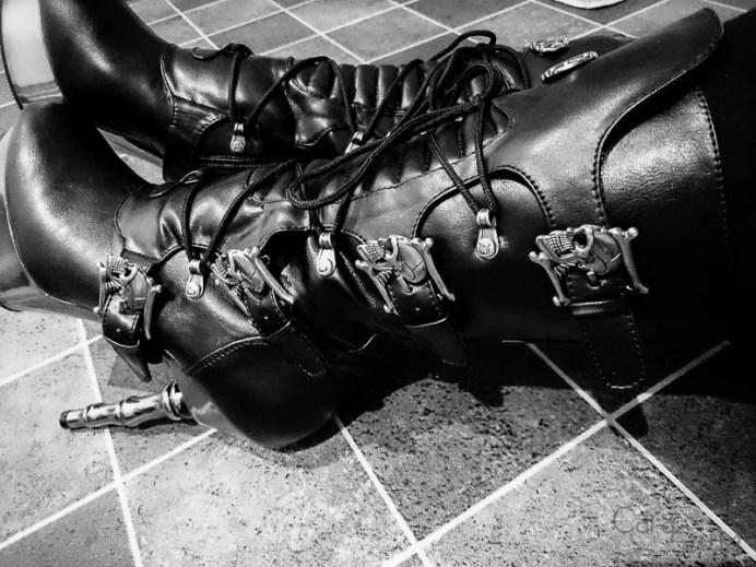 demonia muerto boots cara sutra wearing review 800-22