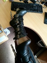 demonia muerto boots cara sutra wearing review 800-4