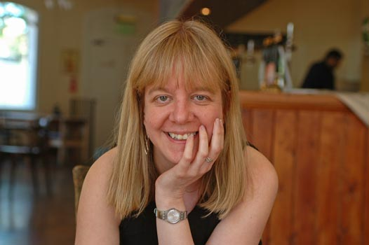 Elizabeth Coldwell erotic writer author spotlight cara sutra