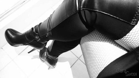 saturday morning sexhibition outfit and boots CS-8