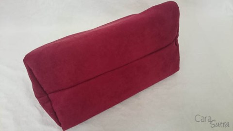 liberator red lockable sex toys storage bag - cara sutra review-16
