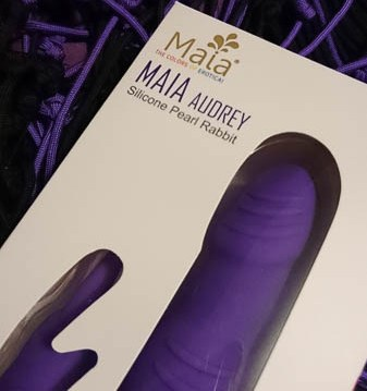 Maia Audrey Silicone Rabbit Vibrator Giveaway Cara Sutra-5